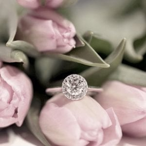 Diamantring Halo 0,91ct vitguld
