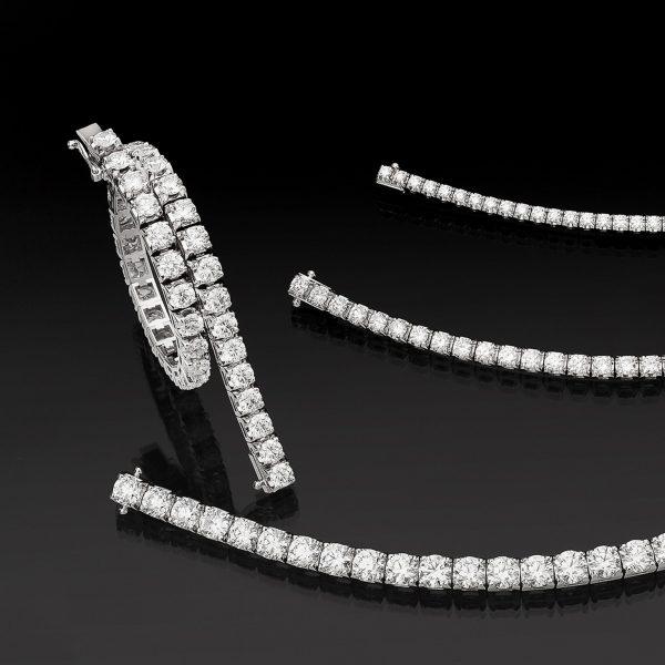 Diamantarmband även kallat tennisarmband.